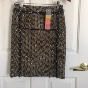 🌟Beautiful NWT Tory Burch Tweed Skirt🌟